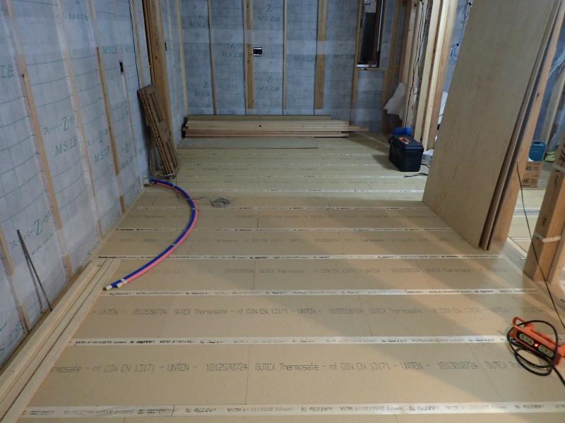 木製断熱材ECO断フロア施工